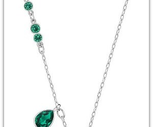 clover necklace and st. patricks day image