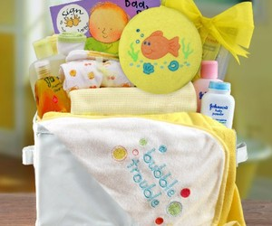 baby gifts, bumble bee diaper cake, and baby gifts to send image