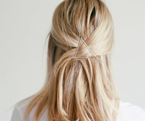 hair and triangl image