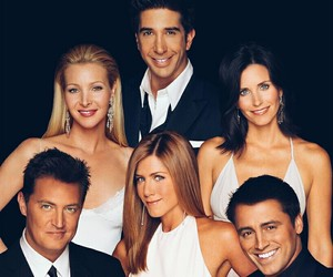 friends, funny, and Lisa Kudrow image