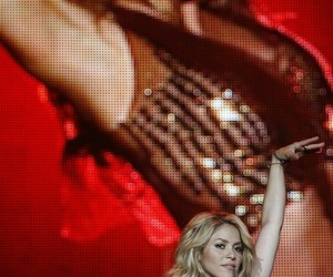 belly dance, shakira, and my queen image
