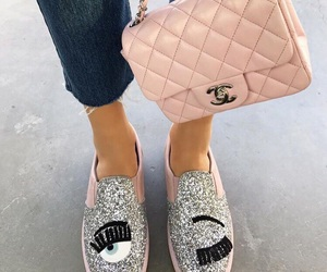 eyes and shoes image