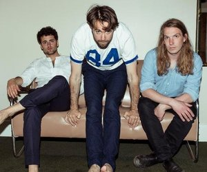 band and the vaccines image