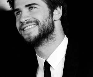 liam hemsworth and hunger games image