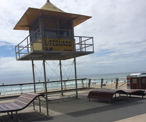 beach, lifeguard, and surfers paradise image