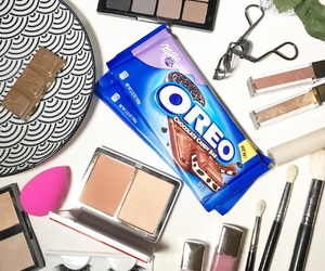 chocolate, oreo, and makeup image