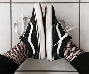 black, girl, and vans image
