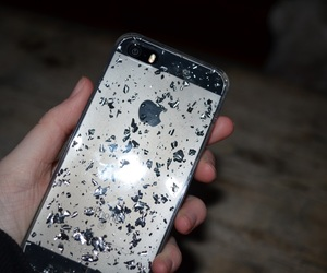 apple, iphonese, and glitter image