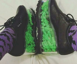 alien, creepers, and wedge image