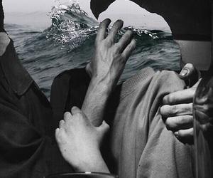 theme, kiss, and sea image