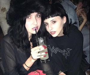 Layla, too poor, and toopoor image