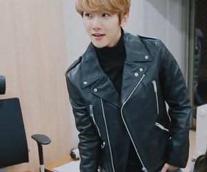 exo, low quality, and baekhyun image