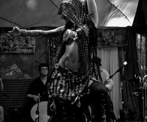 belly dance, black and white, and sharon kihara image