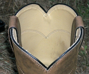 country, love, and cowboy boots image