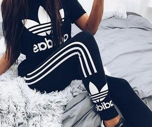 Image by zoey_adidas