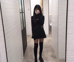 girl, ulzzang, and outfit image