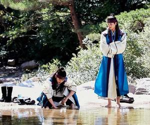 park, hyungsik, and sun woo image