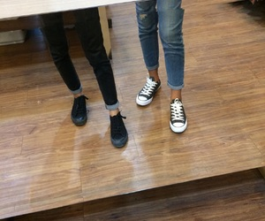 converse, shoes, and airwalk image