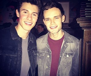 shawn mendes and james tw image