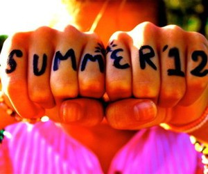 summer, hands, and 2011 image