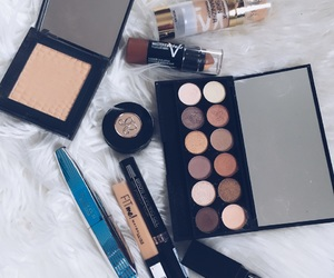 anastasia, Beverly Hills, and eyeshadow image
