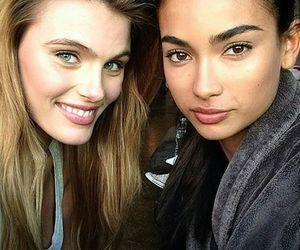 kelly gale, 😘, and zory & amber image