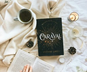 book and caraval image