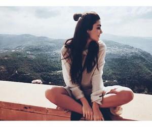 hande erçel and actress image