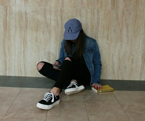 aesthetic, cap, and girl image