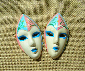 alien face, macabre, and etsy image