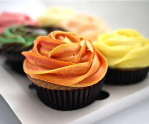 food, colorful, and cupcakes image
