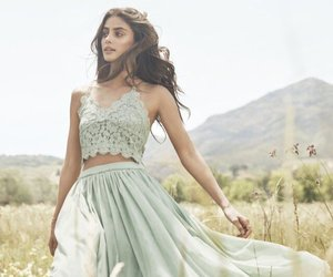 fashion, girl, and taylor hill image