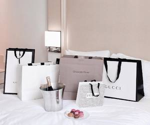 gucci, shopping, and bags image