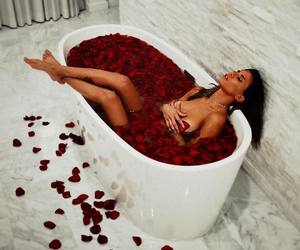 bath and roses image
