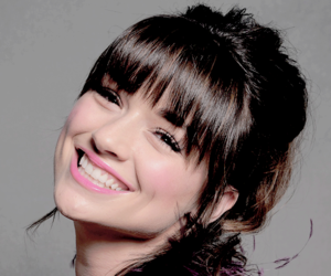 crystal reed and teen wolf image