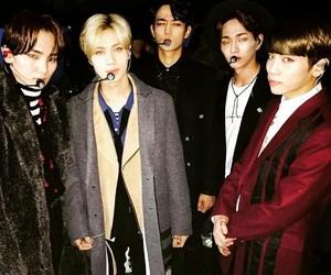 SHINee, Onew, and Jonghyun image