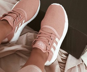 fashion, pink, and snakers image