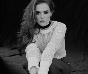 zoey deutch, beautiful, and brunette image