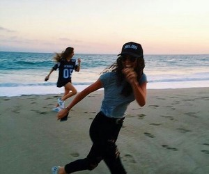 beach, girls, and bff image