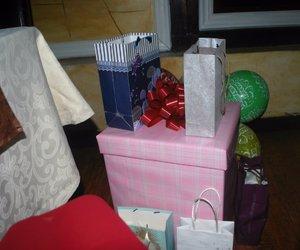 gift, heart, and birthday prezent image