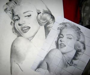 drawing and marylin image