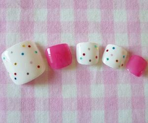 chicas, nails, and sweett image