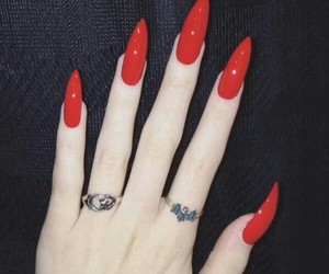 nails, pale, and red nails image