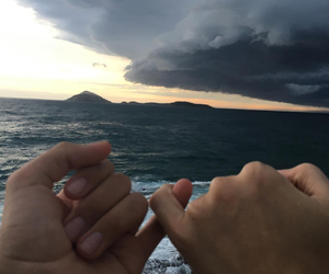 couple, aesthetic, and ocean image