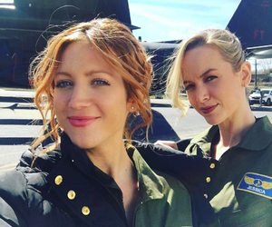 brittany snow, pitch perfect, and kelley jakle image