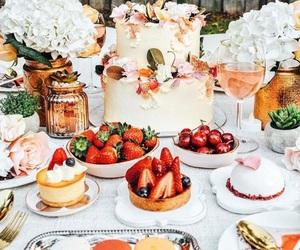 cake, chic, and dessert image