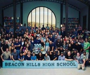 cast and teen wolf image