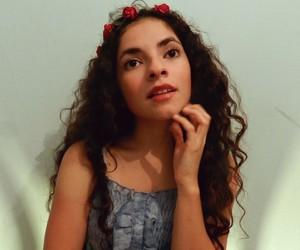 Chica, todo, and vestido image