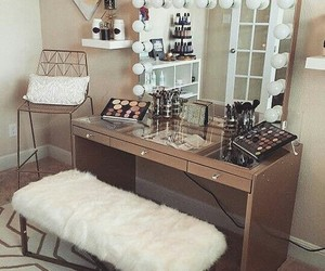 room and makeup image