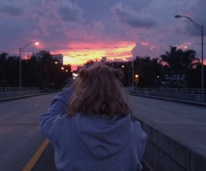 aesthetic, girl, and sky image